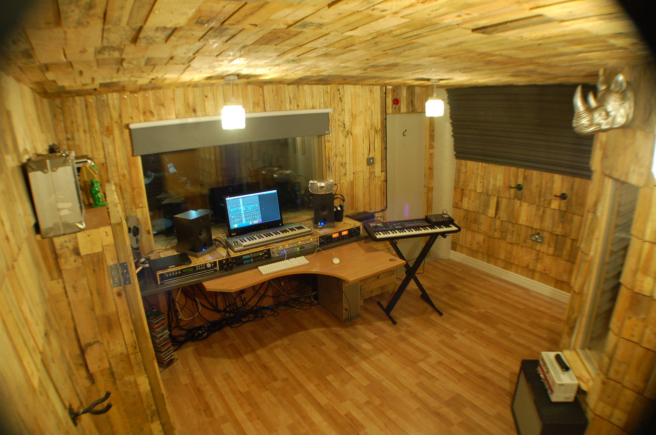 Studio muthers studio for Recording studio flooring