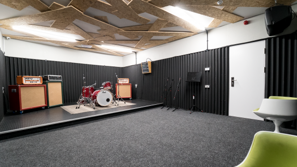 Rehearsal space Muthers Studio